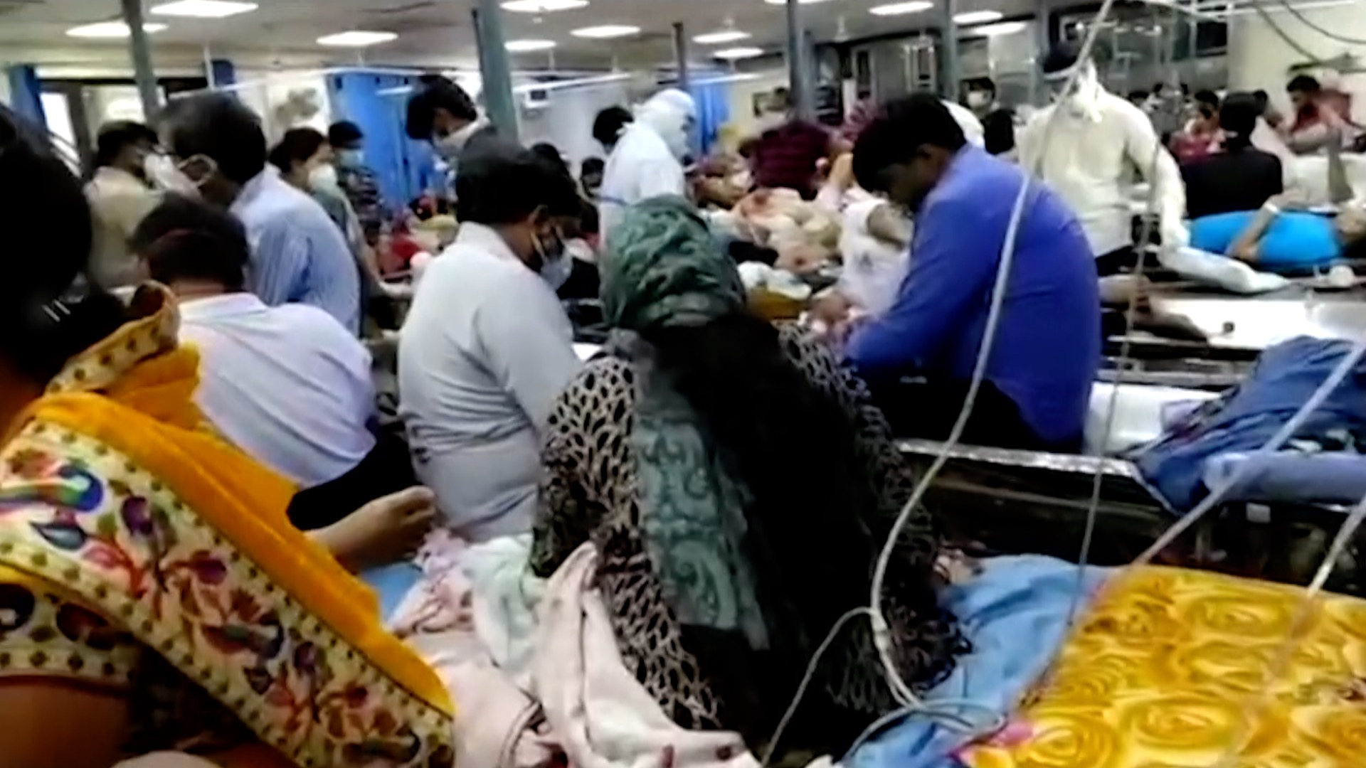 India's COVID-19 'tsunami' worsens as hospitals run out of beds - CGTN