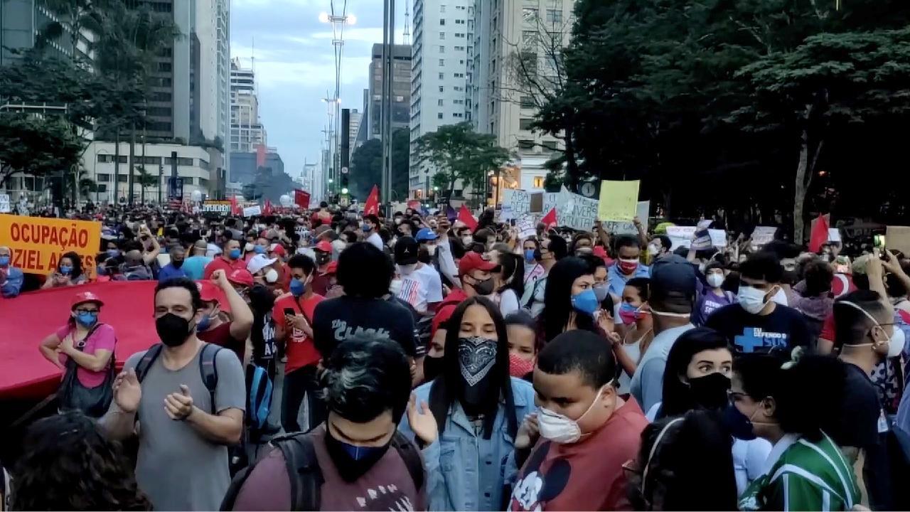 https://video.cgtn.com/news/2021-05-31/Thousands-in-Brazil-protest-against-Bolsonaro-s-COVID-19-response-10Ilz7ClX0Y/video/e4becf9a81264d9a91bf5a93dc46f28d/e4becf9a81264d9a91bf5a93dc46f28d-1280.jpg
