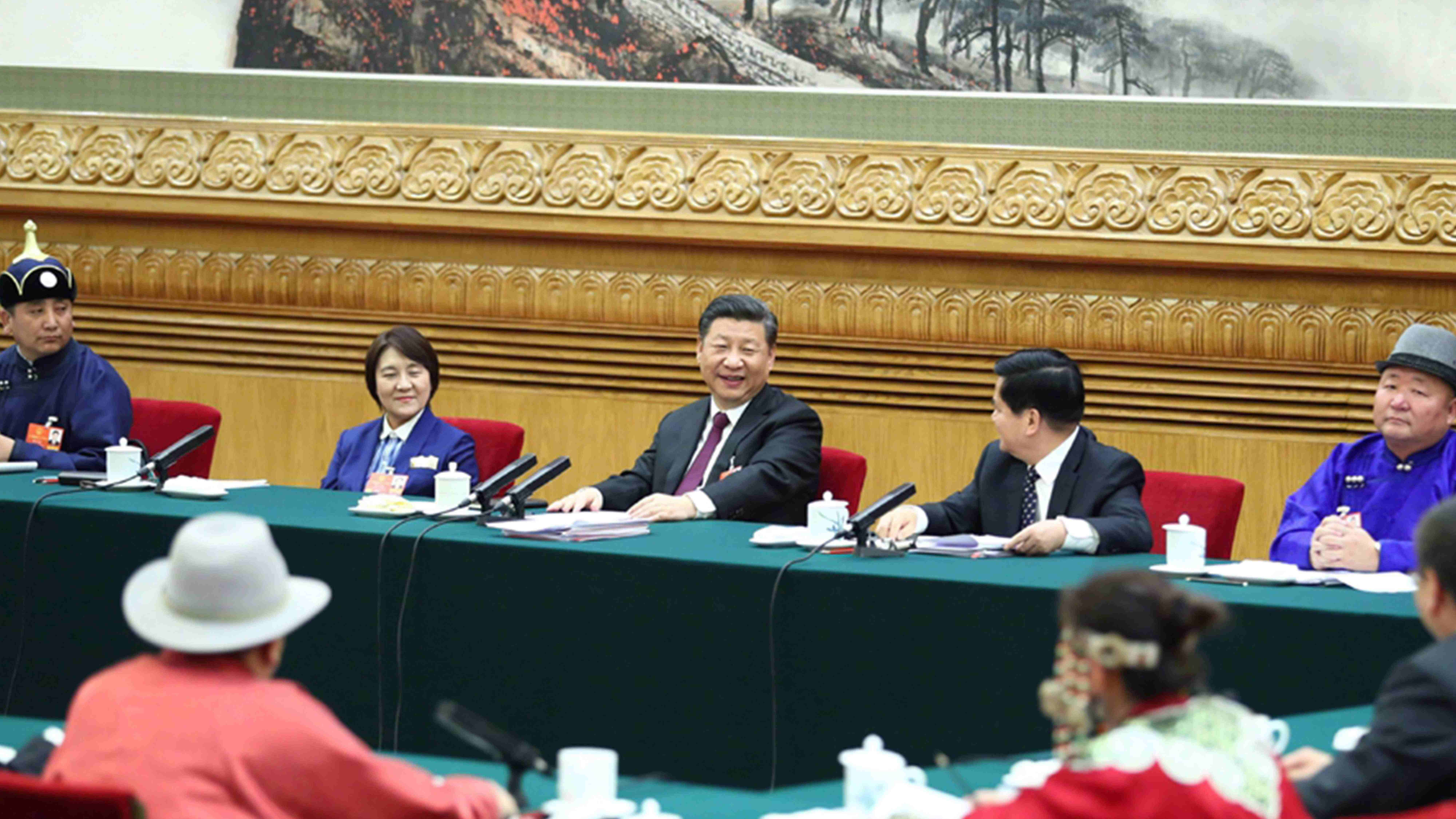 Xi stresses the promotion of high quality economy and poverty alleviation