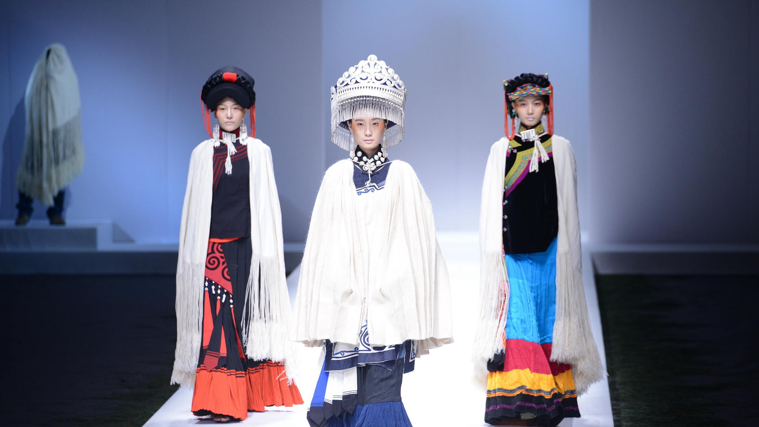 1f0b14543 Young Chinese designers light up China fashion week with cultural ...